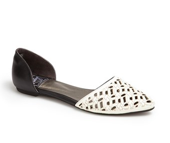 Jeffrey Campbell 'In Love' Laser Cut d'Orsay Flat.