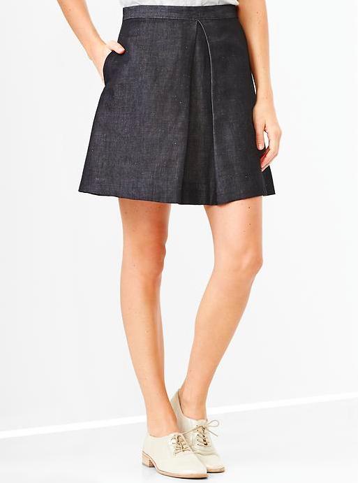 Gap Single-Pleat Chambray Skirt.